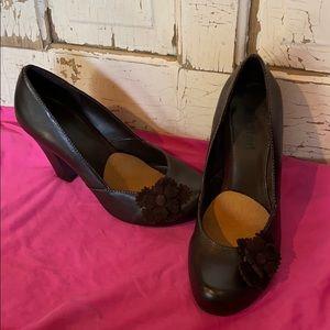 Cute brown heels with flowers